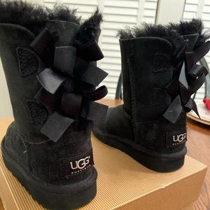 Ugg Bailey Bow Toddler Size 8